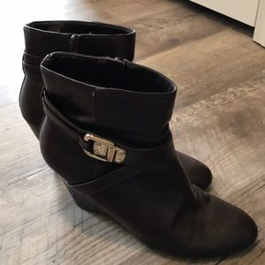 Nine West women's wedge brown boots. Size 8.5.